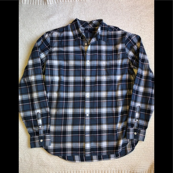 GAP Other - Like New Casual Gap Button Down Shirt